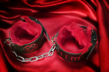 HIM-Leather-Wristband-Black-Red
